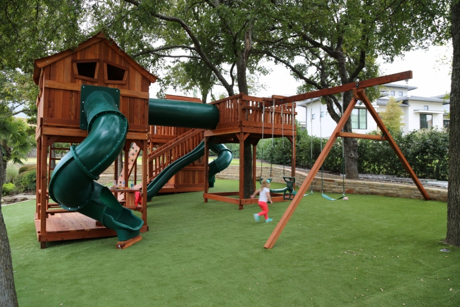 Tree Deck connecting Fort Stockton swing set
