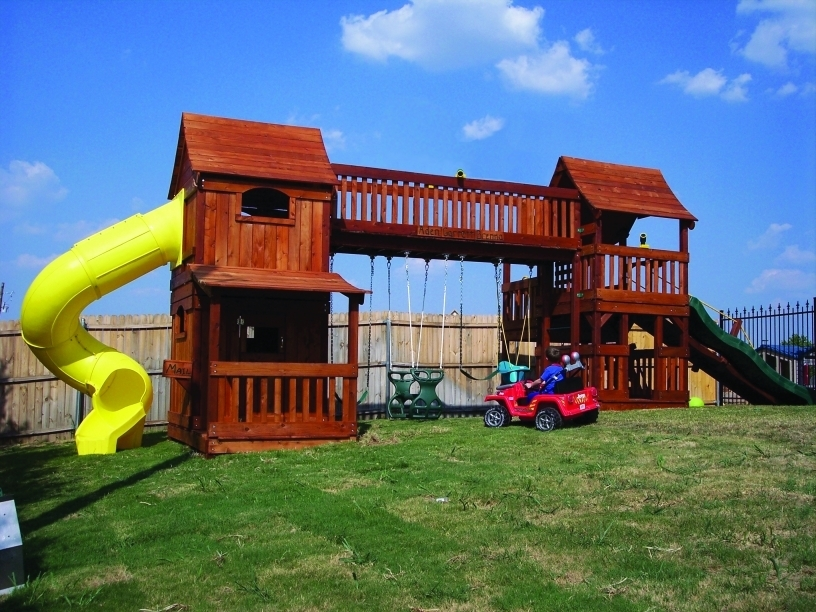 Bridged-forts-with-Twister-Slide
