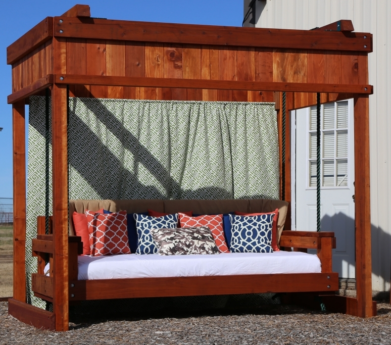 Daybed Swing with Stand
