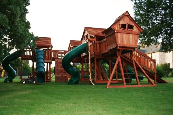 Fort Stocktons swing set bridged to Mustang playset