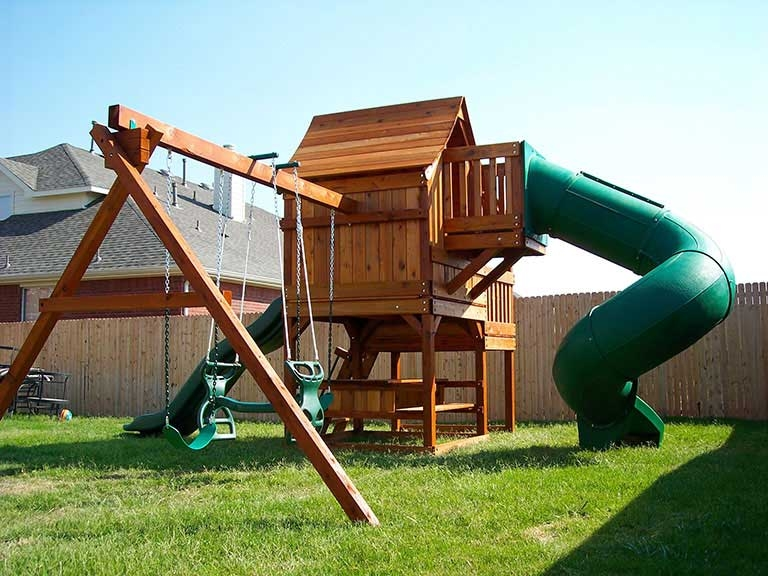 Fun Shack Swingset With Crows Nest Spiral Slide